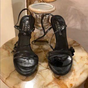 Valentino garavani original designer lux sandals